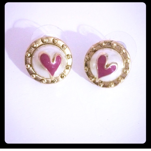 54425387a4d53 Betsey Johnson Pink Heart Pearl Gold Stud Earrings